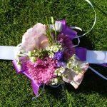 Aksesuarai dekoruoti gėlėmis